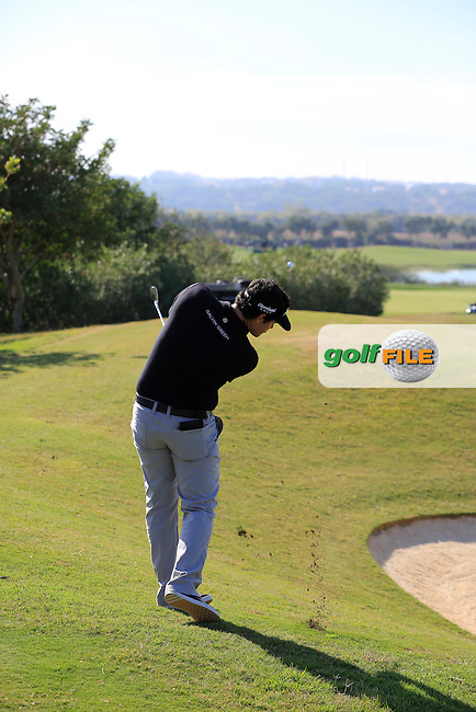 Ricardo Gouveia (POR) plays his 2nd shot on the 10th hole during Thursday's Round 1 of the 2016 Portugal Masters held at the Oceanico Victoria Golf Course, Vilamoura, Algarve, Portugal. 19th October 2016.<br /> Picture: Eoin Clarke | Golffile<br /> <br /> <br /> All photos usage must carry mandatory copyright credit (&copy; Golffile | Eoin Clarke)