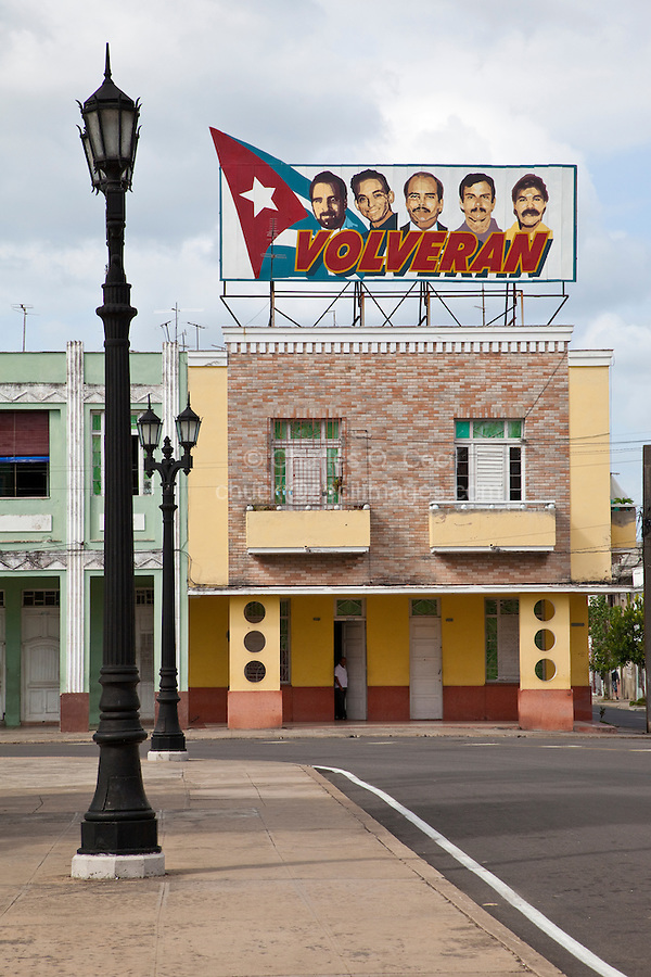 """Cuba, Cienfuegos.  """"They will return.""""  Five Cuban National Heroes Incarcerated in USA."""