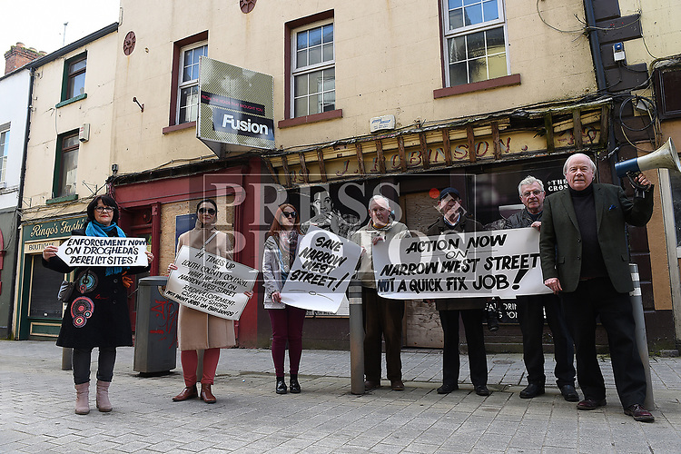 Narrow West Street protest. Photo:Colin Bell/pressphotos.ie
