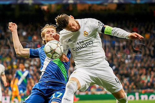 12.04.2016. Madrid, Spain. UEFA Champions League, quarterfinal second leg. Real Madrid versus VfL Wolfsburg.   Andre Schurrle (Wolfsburg, 17), Sergio Ramos (Real, 4)