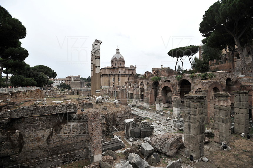 ROMA-ITALIA- 31-08-2012. Foro de Cesar en Roma, Italia, agosto 31 de 2012. Forum of Caesar in Rome Italy on August 31, 2012. (Photo: VizzorImage/Luis Ramirez).....