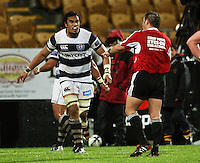 Jerome Kaino disagrees with referee Josh Noonan. Air New Zealand Cup rugby match - Taranaki v Auckland at Yarrows Stadium, New Plymouth, New Zealand. Friday 9 October 2009. Photo: Dave Lintott / lintottphoto.co.nz