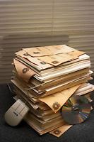 Informatizzazione dei documenti cartacei dei ministeri..Computerization of paper documents of the ministries...