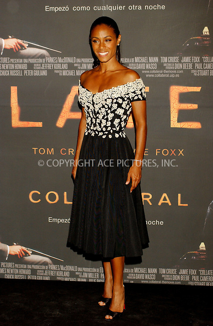 Jada Pinkett Smith at the Spanish premiere of Collateral at Palacio de la Musica Cinema in Madrid, 31 August 2004...FAMOUS PICTURES AND FEATURES AGENCY.tel  +44 (0) 20 7731 9333.fax +44 (0) 20 7731 9330.e-mail info@famous.uk.com.www.famous.uk.com.FAM13421