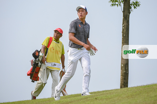 Cheng JIN (CHN) looks down 6 as he approaches the tee during Rd 3 of the Asia-Pacific Amateur Championship, Sentosa Golf Club, Singapore. 10/6/2018.<br /> Picture: Golffile | Ken Murray<br /> <br /> <br /> All photo usage must carry mandatory copyright credit (© Golffile | Ken Murray)