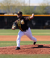 Ramon Perez - San Diego Padres 2020 spring training (Bill Mitchell)