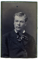 4b.<br />