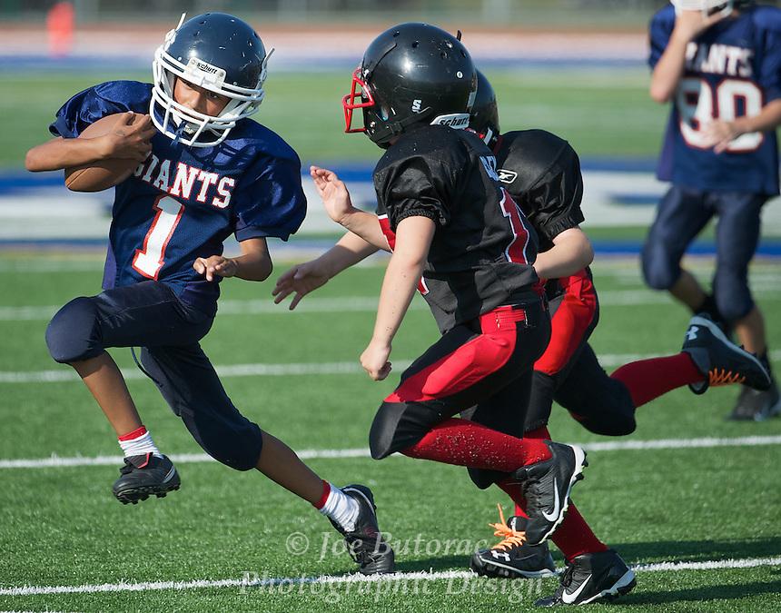Langley Broncos vs Chilliwack Giants Blue Atom Golden Helmet Tournament
