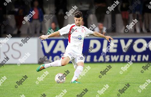 2015-08-26 / Voetbal / Seizoen 2015-2016 / Hoogstraten VV / Ruben Tilburgs<br /><br />Foto: Mpics.be
