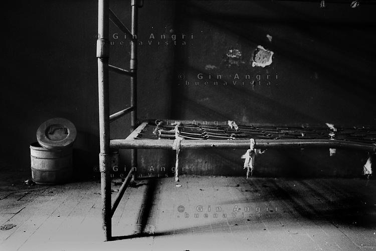 una brandina in una cella dell'ex Carcere  San Donnino di Como.