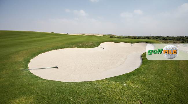 View of the fairway bunker on the 9th at Al Zorah Golf Club, Dubai, United Arab Emirates.  26/01/2016. Picture: Golffile | David Lloyd<br /> <br /> All photos usage must carry mandatory copyright credit (&copy; Golffile | David Lloyd)
