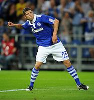 FUSSBALL   EUROPA LEAGUE   SAISON 2011/2012   Play-offs FC Schalke 04 - HJK Helsinki                                25.08.2011 1:0: Torschuetze Klaas-Jan HUNTELAAR (Schalke) jubelt