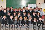 GAELSCOIL: Children starting their first day at school in Gaelscoil Aogain, Castleisland, on Monday. Front row l-r: Dean O'Broicain, PJ O'Curtáin, Sorcha Ní Orgáin, Caoimhe Ní Chearbhaill, Sadhbh de Phrionndaibhéil, Katelyn Ní Bhraonáin, Mark h-Ící agus Luke O'Riogáin. Middle row l-r: Bronagh Ní Néill, Conor Breathnach, Sean Breathnach, Laura Ní Thuama, Tomas Piémonn, Marnie Ní h-Óráin, Paul de Brun agus Ciara Ní Shuilleahain. Back row l-r: Dara Coiláin-Ó'Chathaláin, Gemma de Burca, Caoimhe Ní Chearbhaill, Eamon O'Conchuir, Abbie Ní Bhrosnácháin, Faith Peskett, Seamus Broichain, Dan Ó'Géini, Oisín Ó Nualláin, Sinead Ní Mhurchú agus Iarla ÓhEidhin.