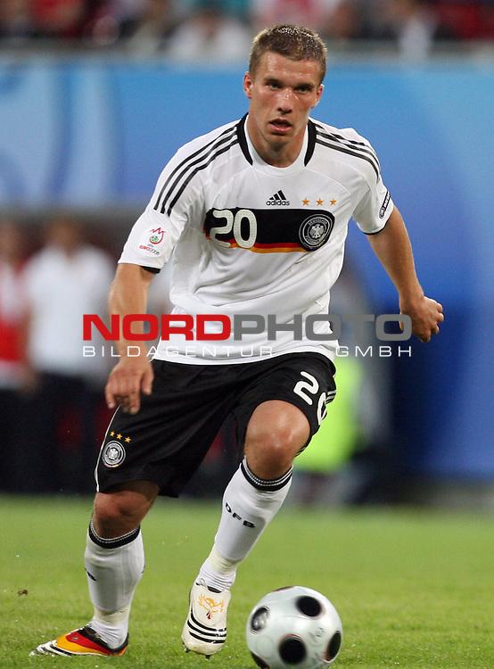 UEFA Euro 2008 Group B Klagenfurt - W&ouml;rthersee Match 04 Deutschland ( GER ) - Polen ( POL ) 2:0 (1:0). <br /> Lukas Podolski ( Germany / Angreifer / Forward / Bayern Muenchen #20 ) am Ball. Foto &copy; nph (  nordphoto  )