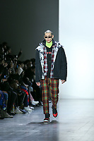 NOVA YORK, EUA - 09.02.2019 - MODA-NOVA YORK - Modelo durante desfile Pony x Harbin no New York Fashion Week (NYFW) em Nova York neste sabado,09. (Foto: Vanessa Carvalho/Brazil Photo Press/Folhapress)