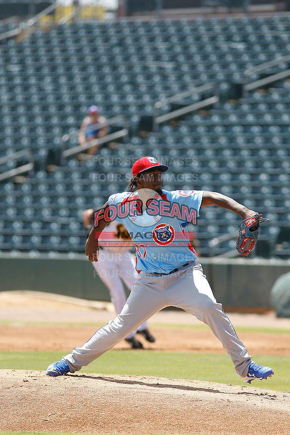 Tennessee Smokies pitcher Ivan Pineyro (37) on the mound during a game against the Jacksonville Suns at Bragan Field on the Baseball Grounds of Jacksonville on June 13, 2015 in Jacksonville, Florida.  Tennessee defeated Jacksonville 12-3. (Robert Gurganus/Four Seam Images)