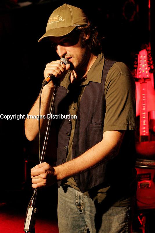 Sebastien Lacombe in concert, april 28 2006<br /> photo : (c) by D Descamps  - Images Distribution