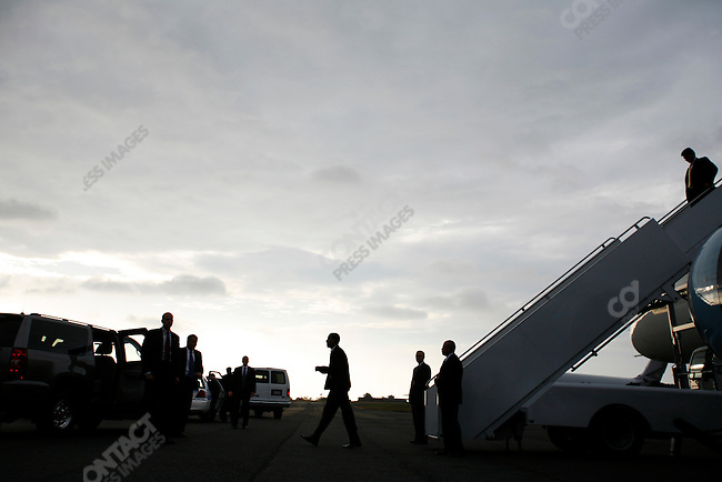 Senator Barack Obama, Democratic presidential candidate arrives in Charlotte, North Carolina for a rally the day before the 2008 presidential elections, November 3, 2008.
