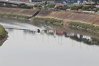 SAO PAULO, SP, 12/10/2013, PROCISSAO TIETE. A imgem de Nossa Senhora Aparecida durante a procissao sobre o Rio Tiete no dia da Padroeira do Brasil. A procissao e realizada desde 2004, foi idealizada pelo Pe. Palmiro Carlos Paes (foto).  LUIZ GUARNIERI/BRAZIL PHOTO PRESS.