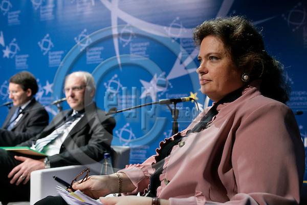 BRUSSELS - BELGIUM - 16 MARCH 2007 -- Signhild ARNEGAARD-HANSEN, Vice President, Confederation of Swedish Enterprise, CEO, Svenska LantChips. -- PHOTO: ERIK LUNTANG / EUP-IMAGES