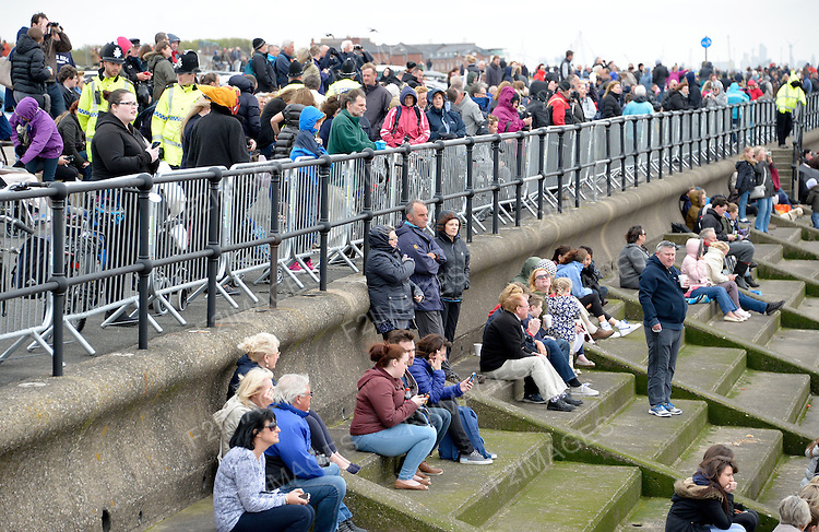 Cunard Line's Three Queens Meeting Liverpool. <br /> Crosby Beach 25.5.15 Crowds gather to watch the arrival of Queen Victoria and Queen Elizabeth
