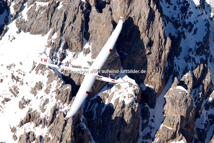 Segelflug, Segelflugzeug, Duo-Diskus, Doppelsitzer, Schempp- Hirth, Alpen, Gebirgssegelflug, Gebirge, Luftsport, Fliegen