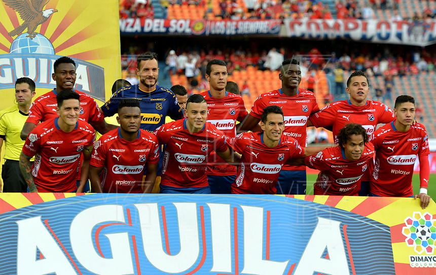 MEDELLIN-COLOMBIA, 10-03-2019: Los jugadores de Deportivo Independiente Medellín posan para una foto, antes de partido de la fecha 9 entre Deportivo Independiente Medellín y el Independiente Santa Fe, por la Liga Águila I 2019, en el estadio Atanasio Girardot de la ciudad de Medellín. / The players of Deportivo Independiente Medellin pose for a photo, prior a match for the 9th date between Deportivo Independiente Medellin and Independiente Santa Fe, for the Aguila Leguaje I 2019 at the Atanasio Girardot stadium in Medellin city. Photos: VizzorImage  / León Monsalve / Cont.