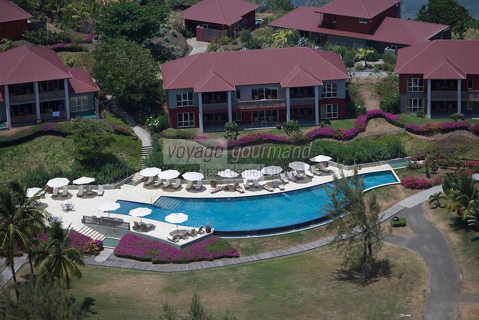 France/DOM/Martinique/Le François: Hôtel Cap Est Lagoon Resort & Spa vue aériennne les villas et la piscine