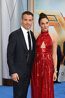"""LOS ANGELES - MAY 25:  Chris Pine, Gal Gadot at the """"Wonder Woman"""" Los Angeles Premiere at the Pantages Theater on May 25, 2017 in Los Angeles, CA"""