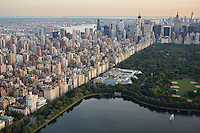 Upper East side, Manhattan, aerial view, New York, NY with Central Park on right and Metropolitan Museum in center