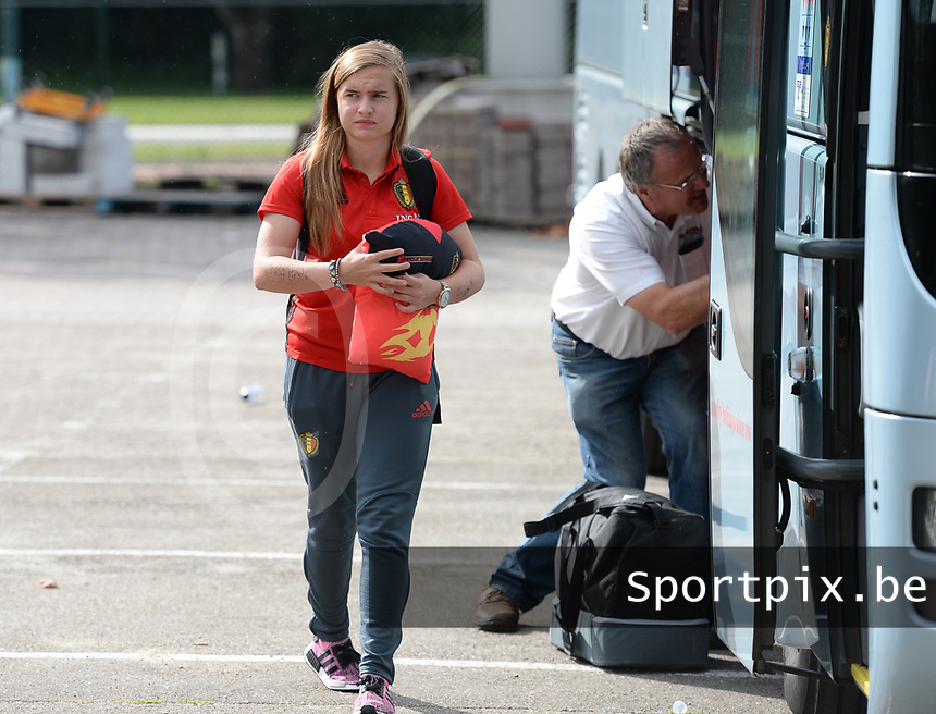 20170725 - TILBURG , NETHERLANDS :  Belgian Davinia Vanmechelen pictured going back to Belgium as the Belgian national women's soccer team Red Flames was not able to qualify for the quarter finals after a loss against The Netherlands , on Tuesday 25 July 2017 in Tilburg . The Red Flames finished on 3 th place in Group A at the Women's European Championship 2017 in the Netherlands. PHOTO SPORTPIX.BE | DAVID CATRY