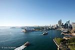 """Sydney Sydney.Vue panoramique depuis le haut du pont de Sydney surnommé """"old coat hanger"""" ou vieux cintre par les habitants."""