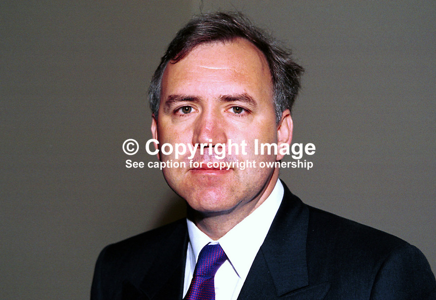 Robert Syms, MP, Conservative Party, Britain, UK. Taken at Conservative Party Conference, Blackpool. Ref: 199910173..Copyright Image from Victor Patterson, 54 Dorchester Park, Belfast, UK, BT9 6RJ..Tel: +44 28 9066 1296.Mob: +44 7802 353836.Voicemail +44 20 8816 7153.Skype: victorpattersonbelfast.Email: victorpatterson@mac.com.Email: victorpatterson@ireland.com (back-up)..IMPORTANT: If you wish to use this image or any other of my images please go to www.victorpatterson.com and click on the Terms & Conditions. Then contact me by email or phone with the reference number(s) of the image(s) concerned.