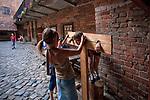 Kętrzyn, 2009-08-09. Zamek krzyżacki w Kętrzynie, dziedziniec