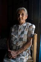 Adelina Anel Curandera in Monte Blanco, Veracruz. April 4, 2008
