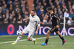 Daniel Carvajal Ramos of Real Madrid fights for the ball with Dries Mertens of SSC Napoli during the match Real Madrid vs Napoli, part of the 2016-17 UEFA Champions League Round of 16 at the Santiago Bernabeu Stadium on 15 February 2017 in Madrid, Spain. Photo by Diego Gonzalez Souto / Power Sport Images