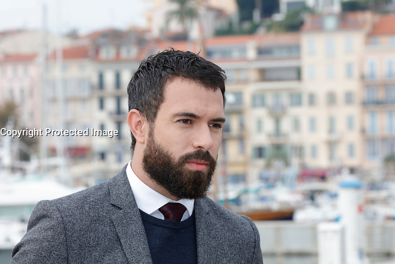 Mipcom Cannes le 17 Octobre 2016 Tom Cullen Photocall Knightfall