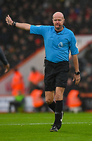 Referee Lee Mason<br /> <br /> Photographer David Horton/CameraSport<br /> <br /> The Premier League - Bournemouth v Liverpool - Saturday 8th December 2018 - Vitality Stadium - Bournemouth<br /> <br /> World Copyright © 2018 CameraSport. All rights reserved. 43 Linden Ave. Countesthorpe. Leicester. England. LE8 5PG - Tel: +44 (0) 116 277 4147 - admin@camerasport.com - www.camerasport.com