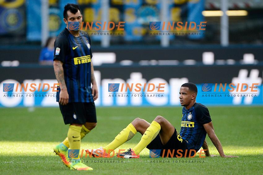Delusione Senna Miangue e Gary Medel Inter<br /> Milano 25-09-2016 Stadio Giuseppe Meazza - Football Calcio Serie A Inter - Bologna. Foto Giuseppe Celeste / Insidefoto