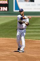 Everett AquaSox second baseman Jorge Agudelo #33 during a game against the Eugene Emeralds at Everett Memorial Stadium on June 26, 2011 in Everett, WA.  Eugene defeated Everett 14-4.  (Ronnie Allen/Four Seam Images)