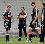 Nick Evans (L), Luke McAlister and Richie McCaw at All Blacks training. Auckland, Wednesday 22 August 2007.