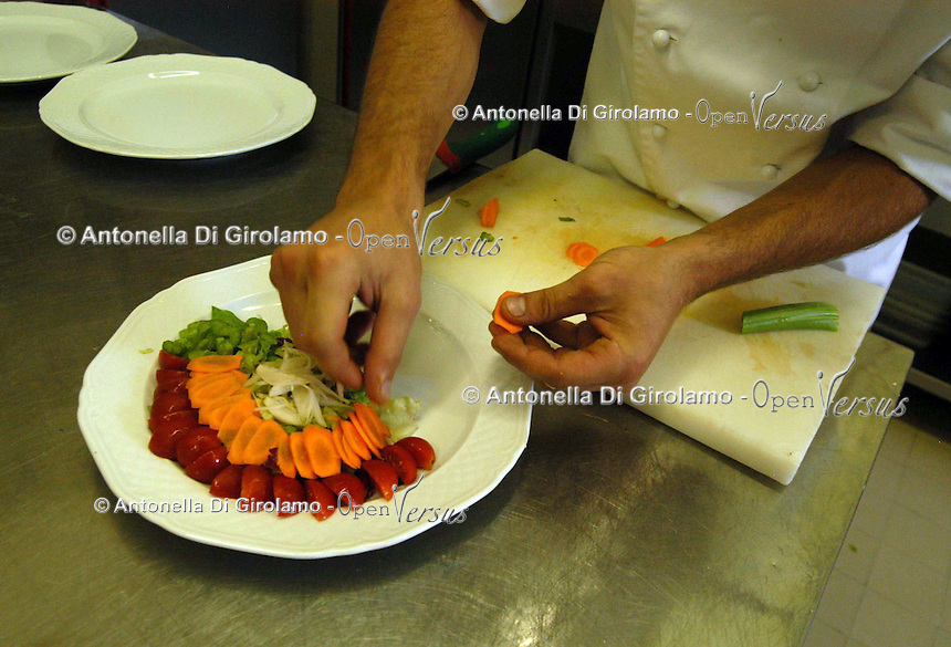 Preparazione dei piatti. Preparing of the dishes..