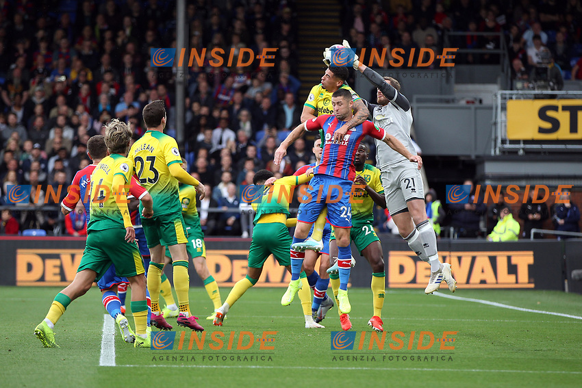 Ralf Fährmann of Norwich City comes out to take the aerial ball during the Premier League match between Crystal Palace and Norwich City at Selhurst Park on September 28th 2019 in London, England. (Photo by Mick Kearns/phcimages.com)<br /> Foto PHC/Insidefoto <br /> ITALY ONLY