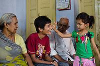 Piari setting her cousin up with a chandlo on Raksha Bandhan.