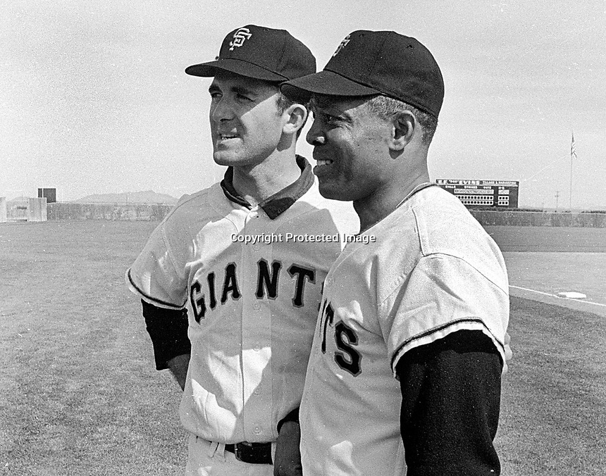 San Francisco Giants Mike McCormick and Willie Mays.<br />