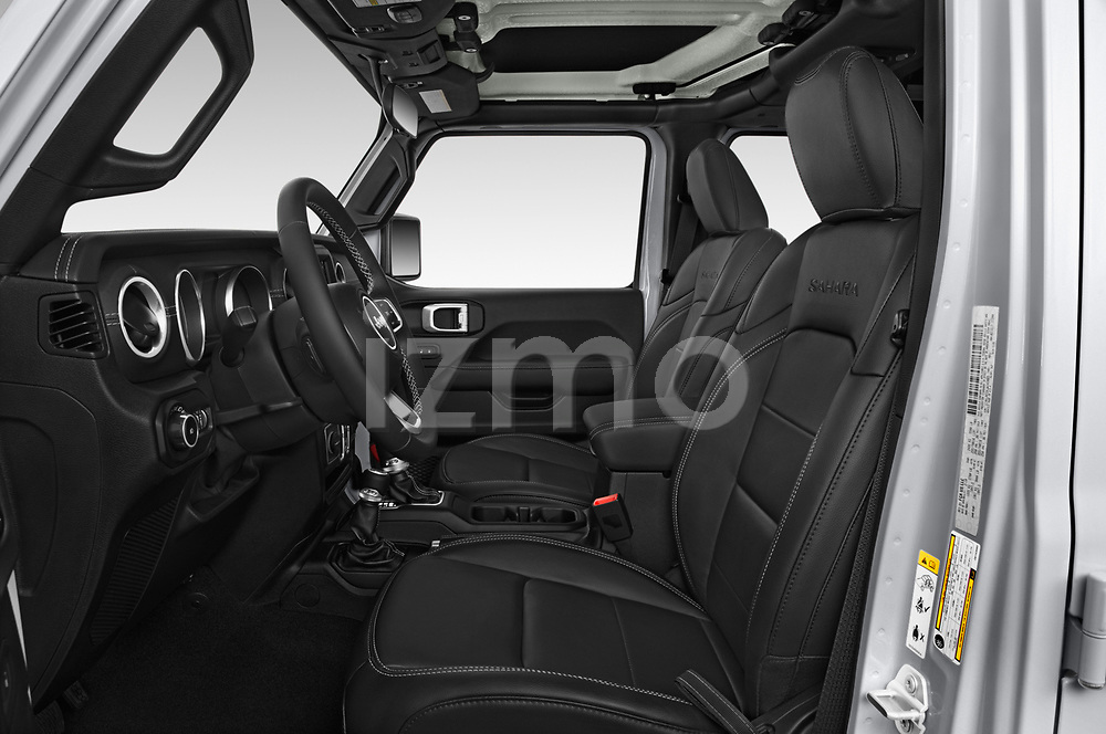 Front seat view of a 2018 Jeep Wrangler Unlimited Sahara 5 Door SUV front seat car photos