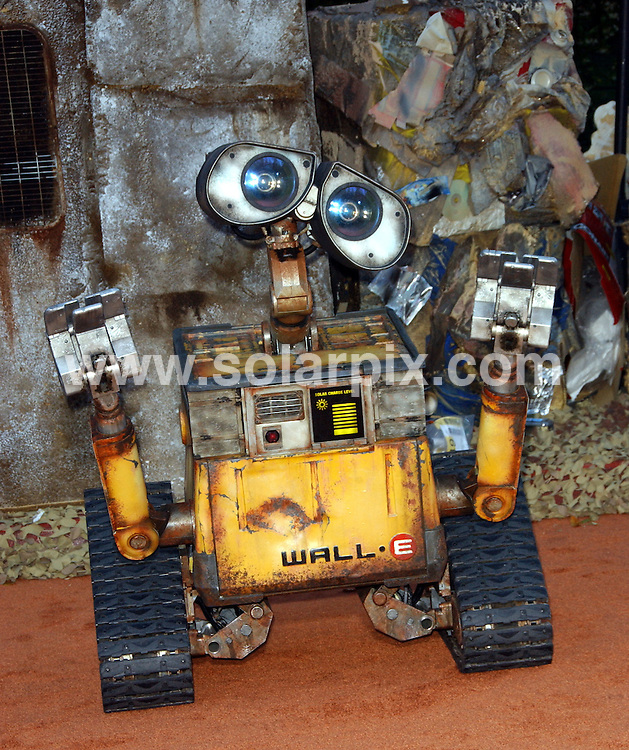 **ALL ROUND PICTURES FROM SOLARPIX.COM**.**SYNDICATION RIGHTS FOR UK, SPAIN, PORTUGAL, AUSTRALIA, S.AFRICA & DUBAI (U.A.E) ONLY**.The  film WALL.E World Premiere at the Greek Theatre in Los Angeles, California in the USA.  .This pic:Wall E..JOB REF:6708-PHZ/Albert L. Ortega    DATE:21_06_08 .**MUST CREDIT SOLARPIX.COM OR DOUBLE FEE WILL BE CHARGED* *UNDER NO CIRCUMSTANCES IS THIS IMAGE TO BE REPRODUCED FOR ANY ONLINE EDITION WITHOUT PRIOR PERMISSION*