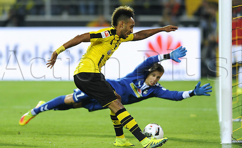 23.09.2016. Dortmund, Germany. German Bundesliga Football. Borussia Dortmund versus SC Freibrug.   Pierre Emerick Aubameyang Borussia beats Alexander Schwolow Freiburg for the first goal