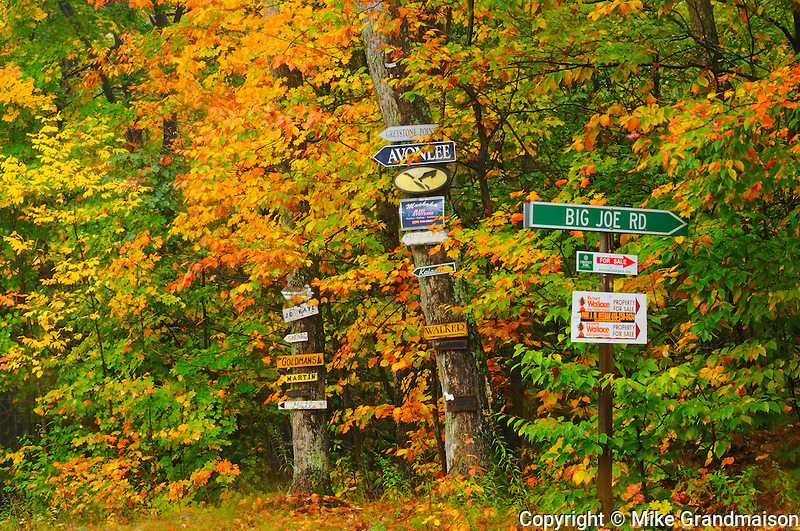Old-fashioned cottage signs in autumn<br /> Muskoka <br /> Ontario<br /> Canada