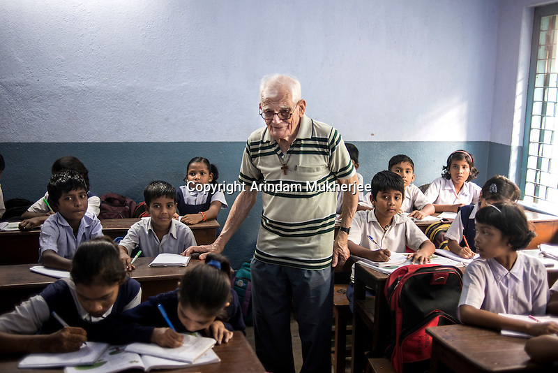 Father Laborde visits a class at Ekpranta Nagar School. West Bengal, India, Arindam Mukherjee/Agency Genesis